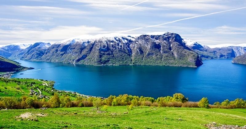 """Фотообои Вид """"Озеро в горах. Норвегия"""" визуализация №1"""