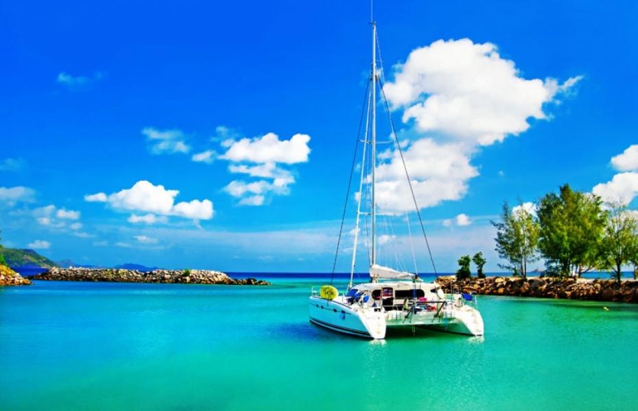 """Плитка с изображением """"Яхта в раю"""""""