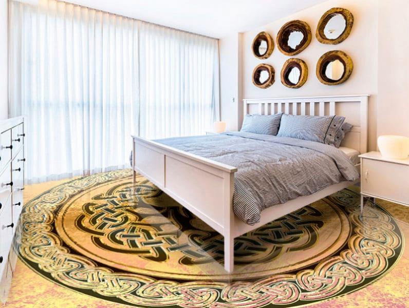 Напольное покрытие с рисунком оберега ДЕРЕВО в интерьере спальни