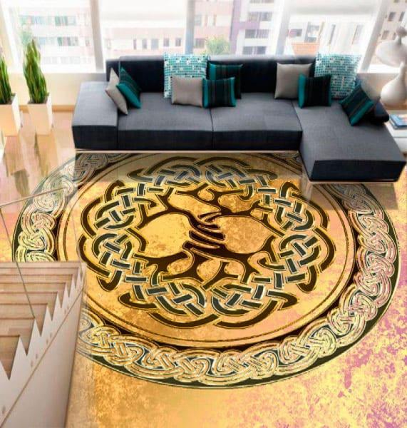 Напольное покрытие с рисунком оберега ДЕРЕВО в интерьере гостиной