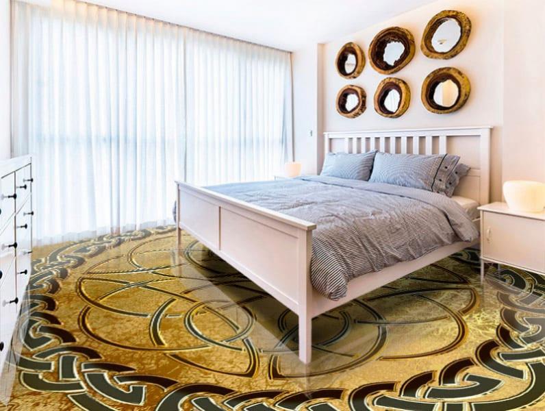 Напольное покрытие с орнаментом КЕЛЬТСКИЙ УЗЕЛ ЗАЩИТЫ золото в интерьере спальни