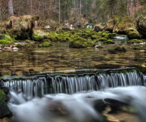 """Плитка с изображением """"Водопад в Сосновом Бору"""""""