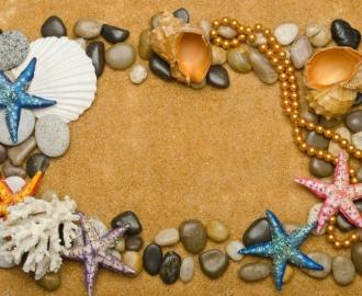 """Линолеум """"Желтый песок, ракушки, морские звезды, бусы"""". Напольное покрытие купить."""