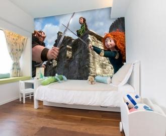 """Фотообои для детской комнаты """"Мерида с родителями"""". Фото, цена."""