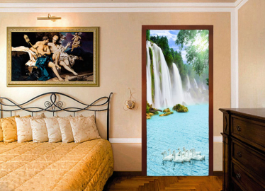 """Обои с рисунком на дверь """"Водопад, гуси"""". Дизайн двери, комнаты в интерьере"""