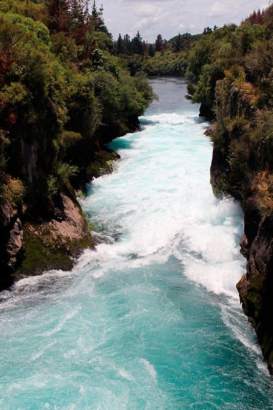 """Фотообои купить самоклеющиеся """"Водопад. Быстрая река"""""""